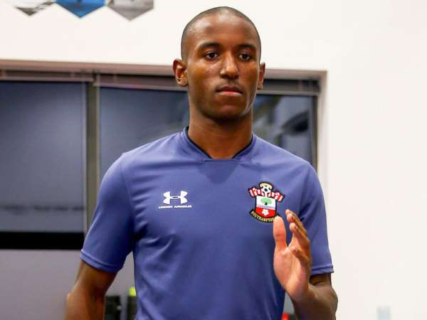 Chuyển nhượng bóng đá quốc tế 5/10: Southampton ký hợp đồng với Diallo