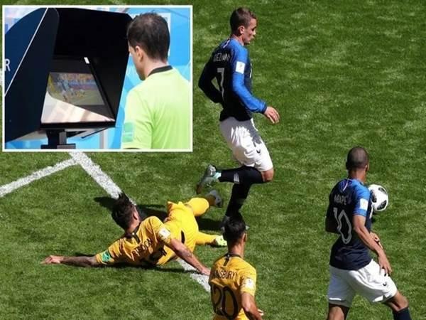 Công nghệ VAR là gì? Khi nào được áp dụng trong bóng đá