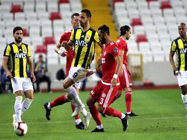 Soi kèo Fenerbahce vs Sivasspor, 00h30 ngày 12/5 - VĐQG Thổ Nhĩ Kỳ