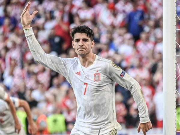 Tin bóng đá QT 29/6: Morata san bằng thành tích của Fernando